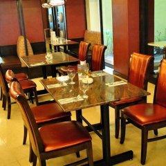 Hotel Elizabeth Cebu питание фото 3
