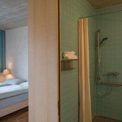 Отель Youth Hostel Gstaad Saanenland Швейцария, Гштад - отзывы, цены и фото номеров - забронировать отель Youth Hostel Gstaad Saanenland онлайн ванная фото 2