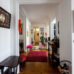 Отель Balcony Bliss steps from the Bois de Boulogne интерьер отеля