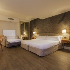 Hotel Fénix Torremolinos - Adults Only комната для гостей