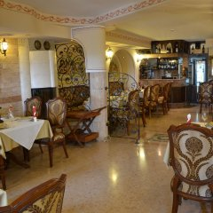 Отель Boris Palace Boutique Hotel Болгария, Пловдив - отзывы, цены и фото номеров - забронировать отель Boris Palace Boutique Hotel онлайн питание фото 3