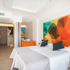 Отель THB Naeco Ibiza - Adults Only комната для гостей