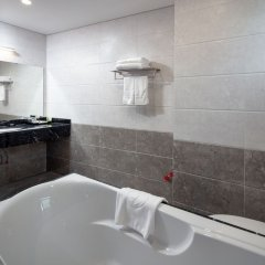Grand Dragon Hotel Hanoi ванная