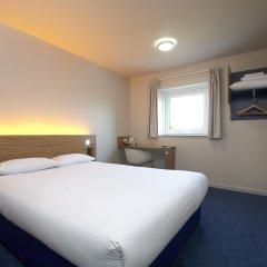 Отель Travelodge Manchester Didsbury комната для гостей фото 4