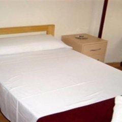 Отель Pension Picasso Барселона комната для гостей фото 3