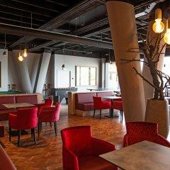Antwerp Harbour Hotel гостиничный бар