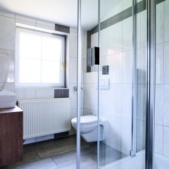 Отель Das Grüne Hotel zur Post - 100 % BIO Австрия, Зальцбург - отзывы, цены и фото номеров - забронировать отель Das Grüne Hotel zur Post - 100 % BIO онлайн ванная фото 2