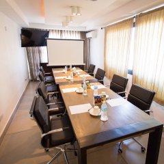 Отель The Swiss Freetown Сьерра-Леоне, Фритаун - отзывы, цены и фото номеров - забронировать отель The Swiss Freetown онлайн помещение для мероприятий фото 2