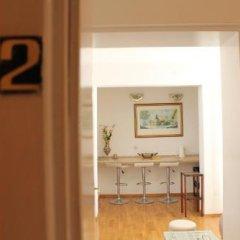 Отель Sun Rose Apartments Черногория, Свети-Стефан - отзывы, цены и фото номеров - забронировать отель Sun Rose Apartments онлайн удобства в номере