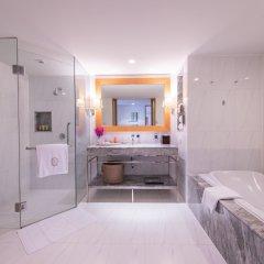 Отель lebua at State Tower ванная