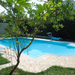 Отель Villa Dafne Бари бассейн
