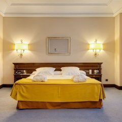 Отель Miguel Angel by BlueBay Испания, Мадрид - 2 отзыва об отеле, цены и фото номеров - забронировать отель Miguel Angel by BlueBay онлайн сейф в номере