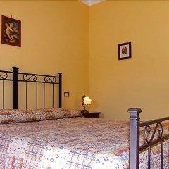 Отель Agriturismo I Moresani Казаль-Велино сейф в номере