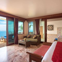 Отель Sandalwood Luxury Villas комната для гостей