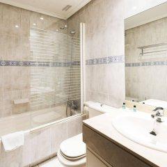 Отель Wootravelling Plaza De Oriente Homtels Мадрид ванная фото 2