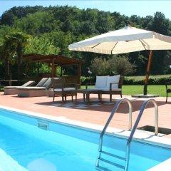 Отель Agriturismo Podere Bucine Basso Италия, Лари - отзывы, цены и фото номеров - забронировать отель Agriturismo Podere Bucine Basso онлайн бассейн фото 2