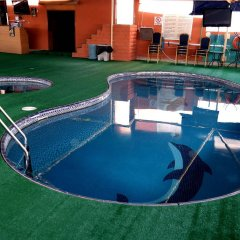 York International Hotel бассейн