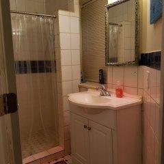 Отель Beautiful Furnished Bedrooms in DC США, Вашингтон - отзывы, цены и фото номеров - забронировать отель Beautiful Furnished Bedrooms in DC онлайн ванная