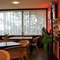 Отель Briz 2 Hotel Болгария, Варна - отзывы, цены и фото номеров - забронировать отель Briz 2 Hotel онлайн интерьер отеля фото 3