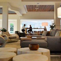 Отель Grand Cayman Marriott Beach Resort Каймановы острова, Севен-Майл-Бич - отзывы, цены и фото номеров - забронировать отель Grand Cayman Marriott Beach Resort онлайн интерьер отеля