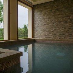 Отель Relais Corte Cavalli Понти-суль-Минчо бассейн фото 2