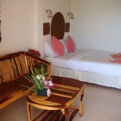 Отель Baan Karon Hill Phuket Resort комната для гостей