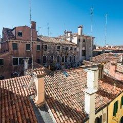 Отель Polo's Treasures Италия, Венеция - отзывы, цены и фото номеров - забронировать отель Polo's Treasures онлайн балкон