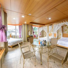 owl castle bed and breakfast 3 rh ostrovok ru