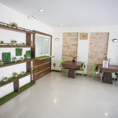 Отель Nida Rooms 597 Suan Luang Park Таиланд, Бангкок - отзывы, цены и фото номеров - забронировать отель Nida Rooms 597 Suan Luang Park онлайн интерьер отеля фото 2