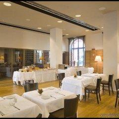 Отель NH Torino Santo Stefano Италия, Турин - 1 отзыв об отеле, цены и фото номеров - забронировать отель NH Torino Santo Stefano онлайн питание