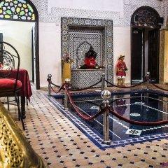 Отель Riad La Porte Du Bouregreg интерьер отеля