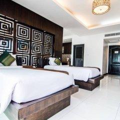 Отель Amata Patong сейф в номере