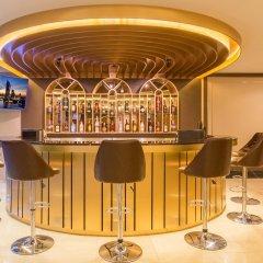 Отель Glow Sukhumvit 5 By Centropolis Бангкок гостиничный бар