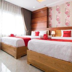 Отель RedDoorz Plus near Tan Son Nhat Airport 2 комната для гостей фото 3