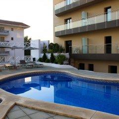 Отель Petit Palau Испания, Бланес - отзывы, цены и фото номеров - забронировать отель Petit Palau онлайн бассейн