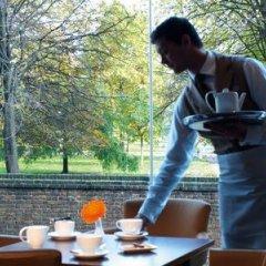 Отель Royal Garden Hotel Великобритания, Лондон - 8 отзывов об отеле, цены и фото номеров - забронировать отель Royal Garden Hotel онлайн приотельная территория