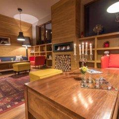 Отель White Lavina Spa and Ski Lodge интерьер отеля