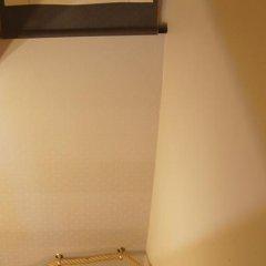 Отель B&B La Villa Zarin сейф в номере