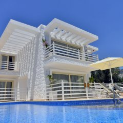 Mini Saray Hotel бассейн