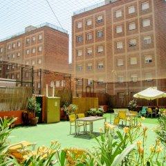 Yellow Nest Hostel Barcelona бассейн