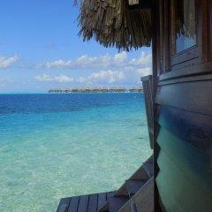 Отель Maitai Polynesia Французская Полинезия, Бора-Бора - отзывы, цены и фото номеров - забронировать отель Maitai Polynesia онлайн балкон