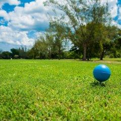 Отель Jewel Paradise Cove Adult Beach Resort & Spa Ямайка, Сент-Аннc-Бей - отзывы, цены и фото номеров - забронировать отель Jewel Paradise Cove Adult Beach Resort & Spa онлайн спортивное сооружение