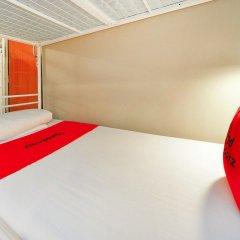 RedDoorz Hostel near Chinatown MRT Сингапур комната для гостей фото 2