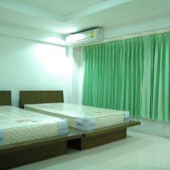 Отель Suvarnabhumi Apartment Таиланд, Бангкок - отзывы, цены и фото номеров - забронировать отель Suvarnabhumi Apartment онлайн комната для гостей фото 2