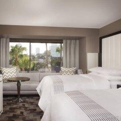 Отель Beverly Hills Marriott комната для гостей