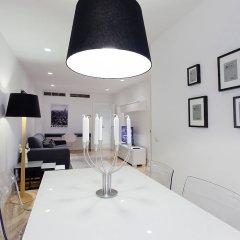 Апартаменты Villanueva Apartments By Flatsweethome Мадрид комната для гостей фото 4