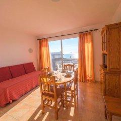 Отель Apartaments AR Europa Sun Испания, Бланес - отзывы, цены и фото номеров - забронировать отель Apartaments AR Europa Sun онлайн комната для гостей фото 3