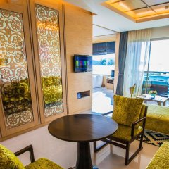 Отель The Kee Resort & Spa удобства в номере