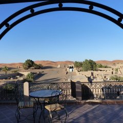 Отель Kasbah Mohayut Марокко, Мерзуга - отзывы, цены и фото номеров - забронировать отель Kasbah Mohayut онлайн балкон