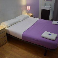 Отель Hostal MiMi Las Ramblas комната для гостей
